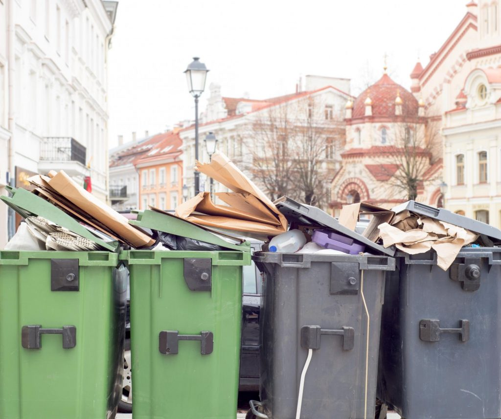 Garbage collection service in Lafayette